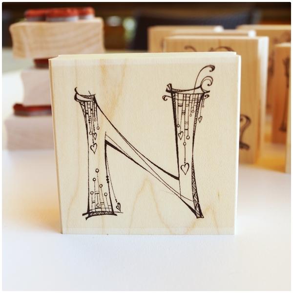 Zenspirations Holzstempel - Buchstabe N