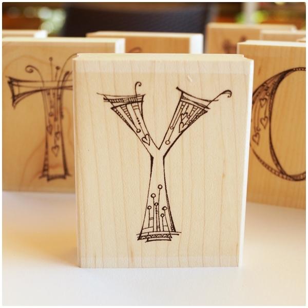 Zenspirations Holzstempel - Buchstabe Y
