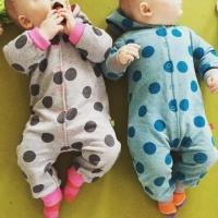 Baby Kuschelanzug Farbenmix Schnittmuster