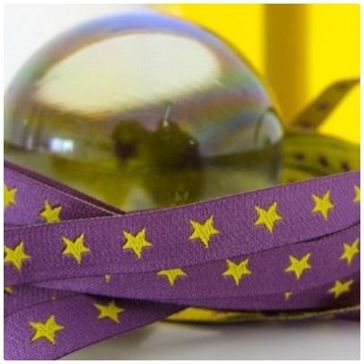 Farbenmix schmales Sternchen Webband gelb/lila